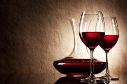 Вино темного цвета