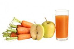 Сок из яблок и моркови