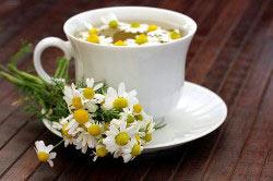 Травяной чай на основе ромашки