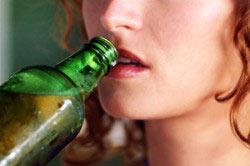 Употребление алкоголя женщиной