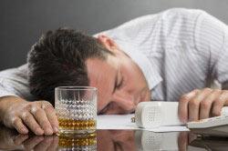 Нахождение сотрудника на рабочем месте в пьяном виде