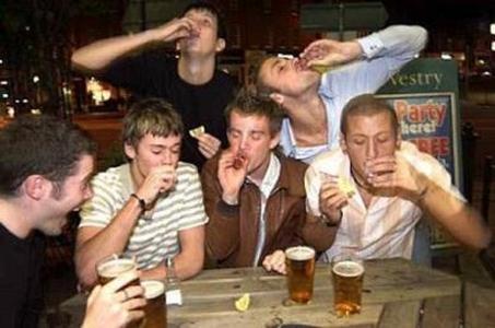 Пьяные школьники