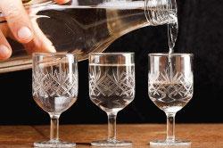Какой алкоголь можно пить при гастрите: пиво, водку, коньяк