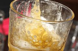 Употребление алкоголя перед поездкой за рулем