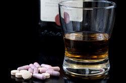 Прием таблеток с алкоголем