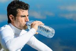 Питье минеральной воды