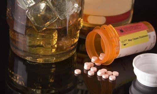 Препараты, вызывающие отвращение к алкоголю: дисульфирам, лидевин и колме